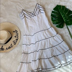 Guess white and black summer dress size 5